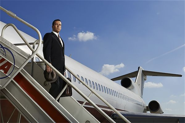 Mad_Men_Takes_Off_-_Credit_Frank_Ockenfels_3AMC-b